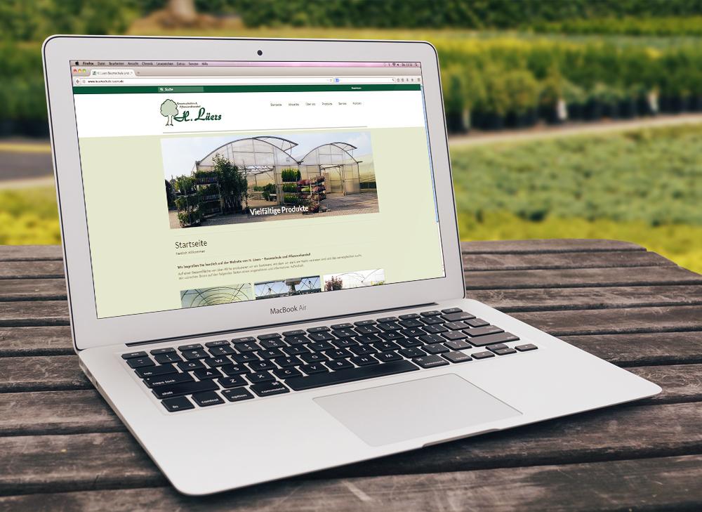 lueers-website-macbook